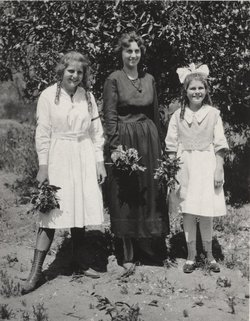 Dorothy Mable <i>Kincaid</i> Moore