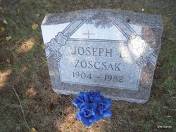 Joseph E Zoscsak