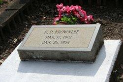 Robert D Brownlee