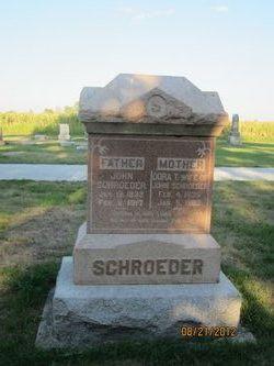 Doreathea <i>Harder</i> Schroeder