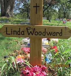 Linda Sue <i>Carey</i> Woodward
