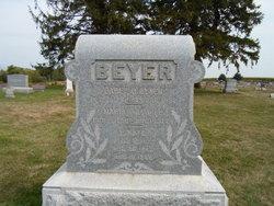 Eunice Kate <i>Fleck</i> Beyer