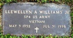 Spec Llewellyn A Williams, Jr