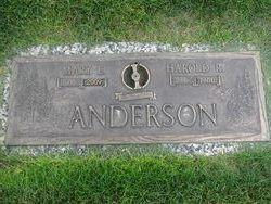 Mary E <i>Hettinger</i> Anderson