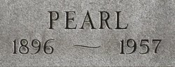 Pearl <i>Curtis</i> Case
