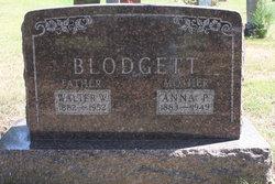 Anna P <i>Mathisen</i> Blodgett