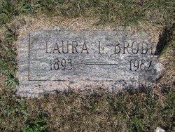 Laura L Brode