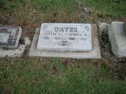 Audrey W Gates