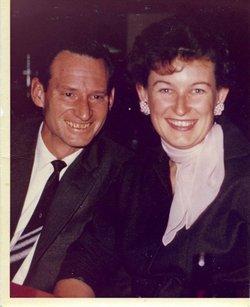 Dolores Evelyn <i>Borowski</i> Stover
