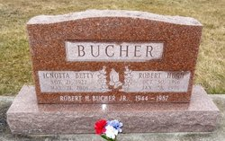 Icnotta M. Betty <i>Crabill</i> Bucher