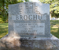 Anna <i>Paquet</i> Brochu