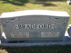 Vera Mavis <i>Hagood</i> Bradford