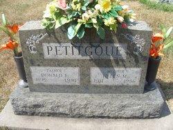 Helen Margaret <i>Beadle</i> Petitgoue