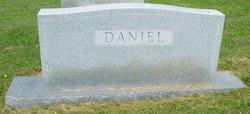 Lattie Clyde Clyde Daniel