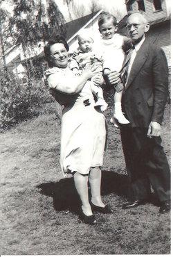 Bertha Hannah Brodersen Bert <i>Freck</i> Schenkel