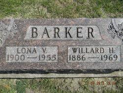 Lona <i>Blum</i> Barker