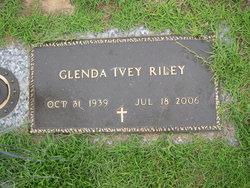 Glenda <i>Ivey</i> Riley
