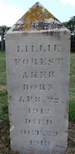 Lillie Forest Aker