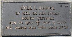 Lyle L Ahner