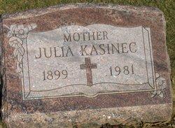 Julia <i>Koman</i> Kasinec