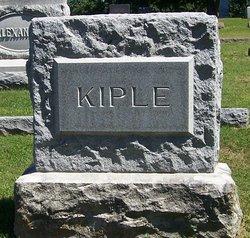 Leonard B Kiple