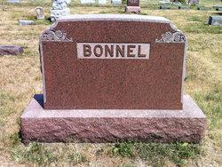 Earl R. Bonnel