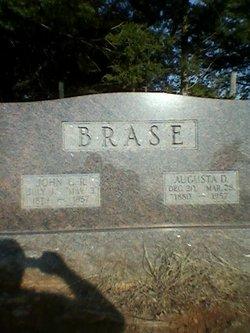 Augusta D Brase
