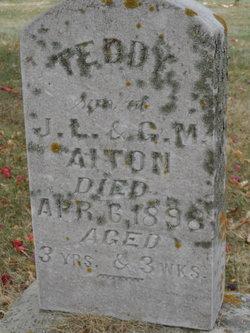 Teddy Aiton