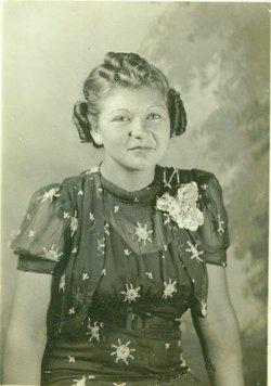 Helen L. <i>Richmond</i> Bennett