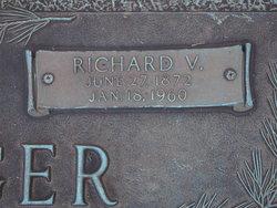 Richard Joseph <i>Von</i> Foregger
