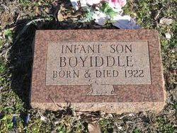 Infant Boyiddle