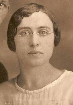 Viola Edna <i>Melvin</i> Ahrens