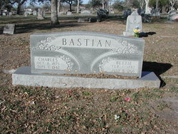 Bettie L <i>Schmook</i> Bastian