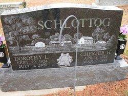 Dorothy L Schlottog
