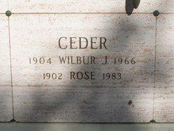 Rose <i>Schwartz</i> Ceder