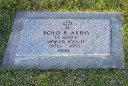 Boyd R Akins