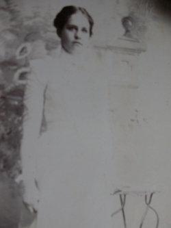 Anna M <i>Hodde</i> Schmidt