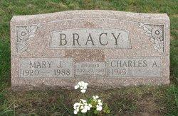 Mary J <i>Roberts</i> Bracy
