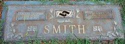 Lillie Mae <i>Starnes</i> Smith