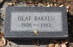 Olaf B Bakken