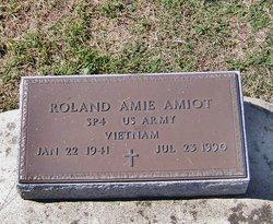 Roland Amie Amiot
