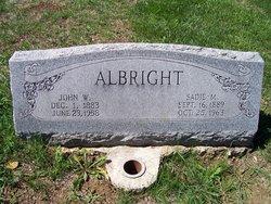 Sadie M <i>Woods</i> Albright