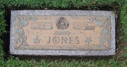 Essie R Jones