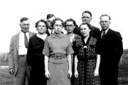 Gertrude Gulleikson <i>Bidne</i> Larson