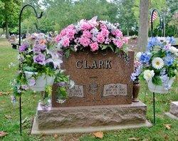 Maxine <i>Scott</i> Clark