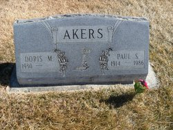 Doris M <i>Campbell</i> Akers