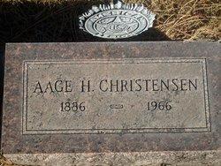 Aage H Christensen