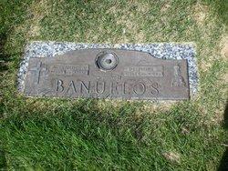 Alexander V Banuelos