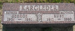 Ruby T <i>Gulck</i> Kargleder