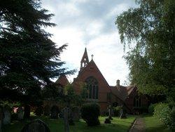 Crowthorne (St. John the Baptist) Churchyard